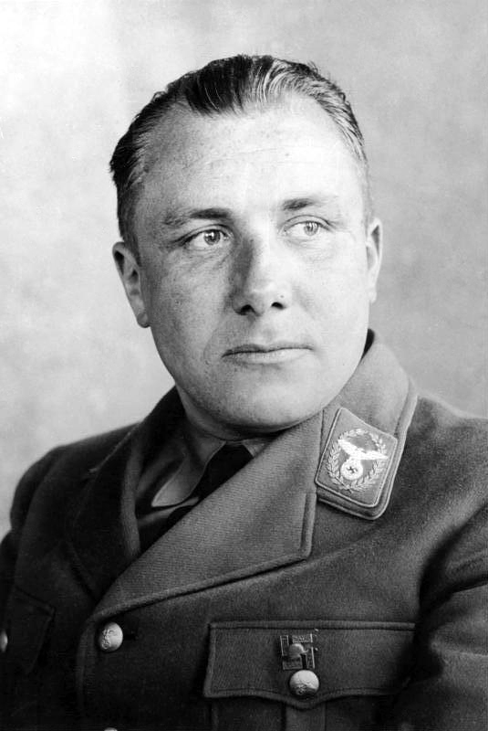 Bundesarchiv Bild 183 R14128A Martin Bormann